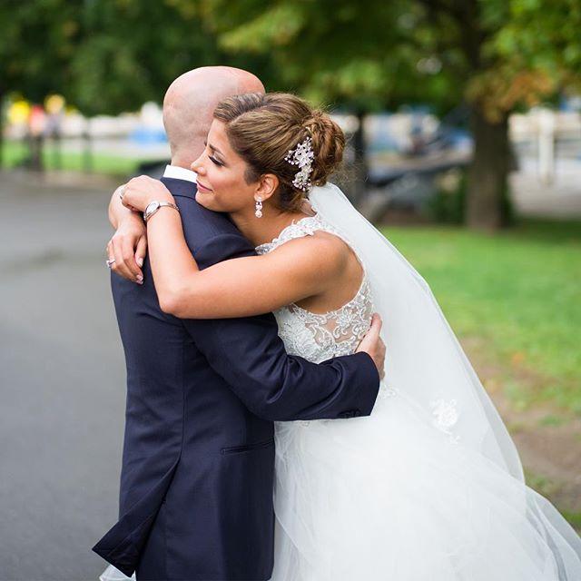 Basking in the first glance #weddingphotojournalism #ottawaweddingphotographer #junebugweddings #greenweddingshoes #photobugcommunity #ottawaweddingphotographer #firstglance