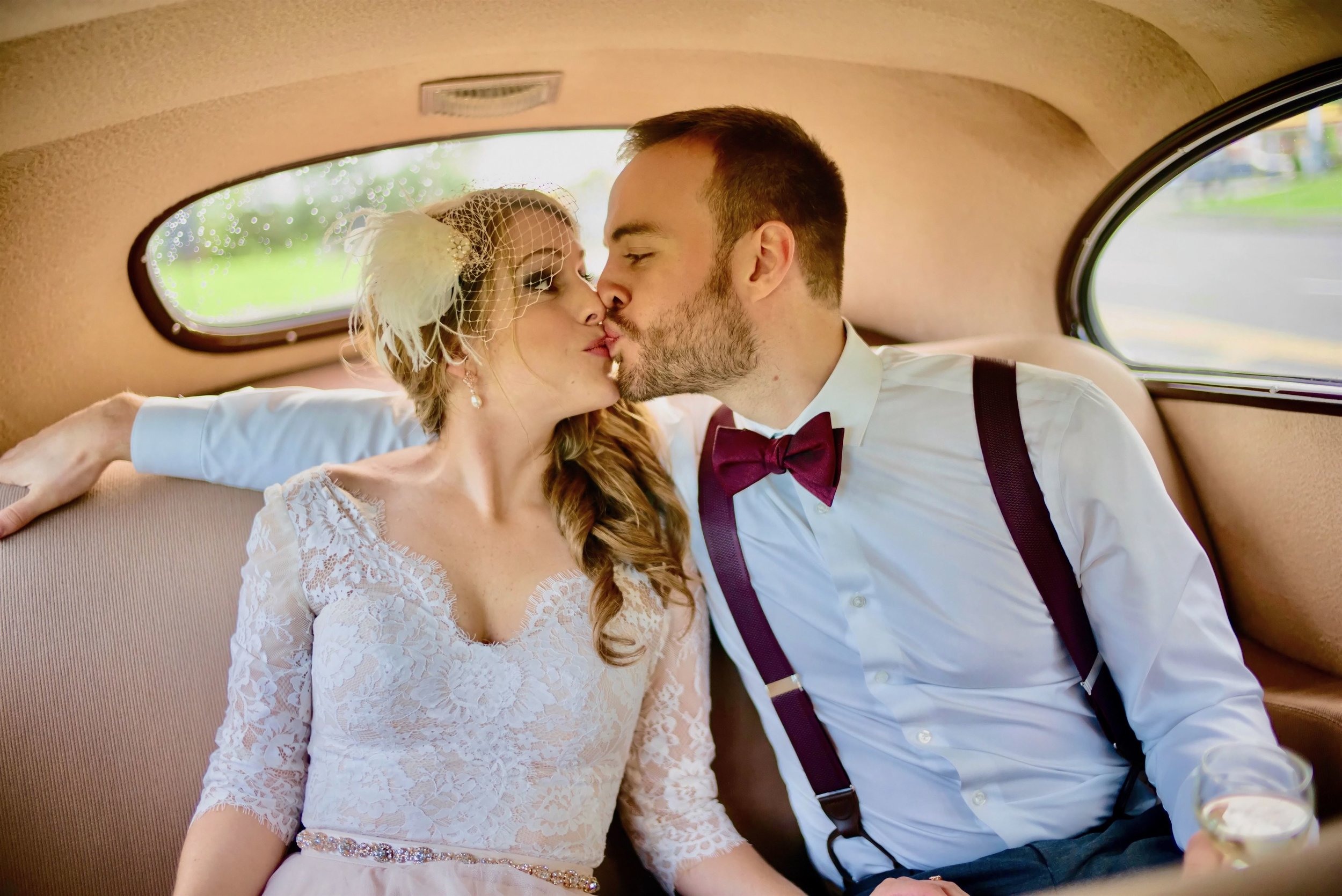 mike lupine ottawa wedding photography bride groom kissing (1).jpg