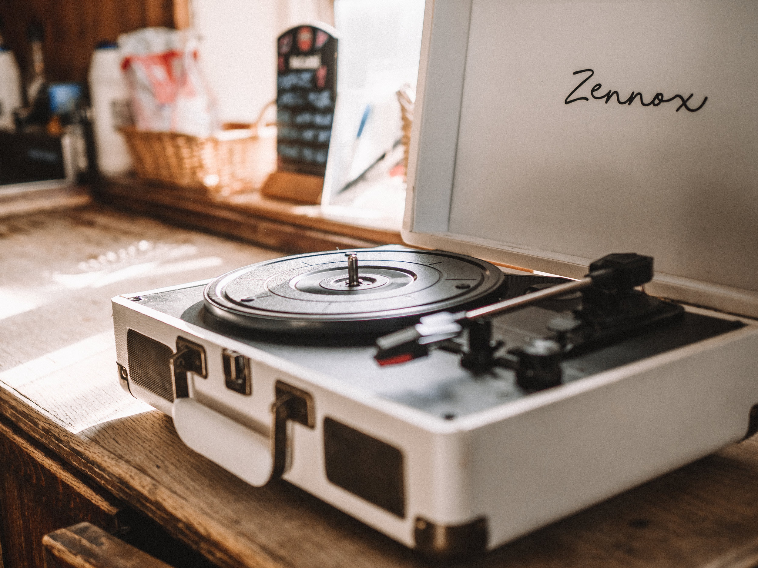 Record player .jpg