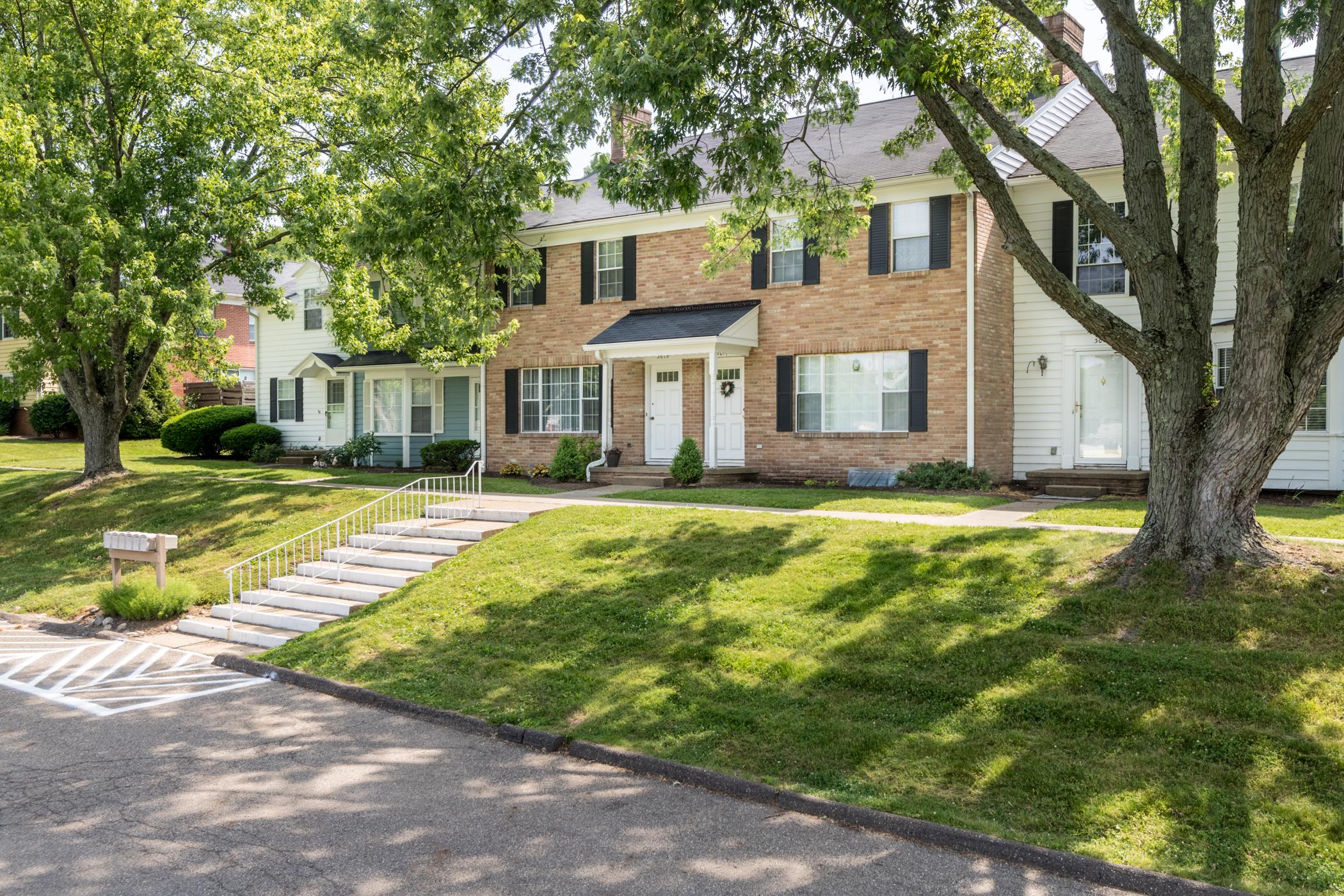Woodside Terrace Apartments - Canton, Ohio239 units