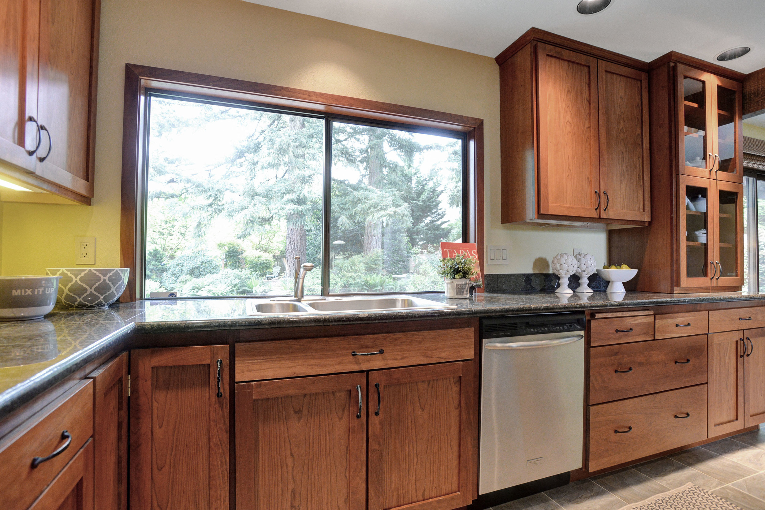 10390 SW View Terrace - Tigard- 12.jpg
