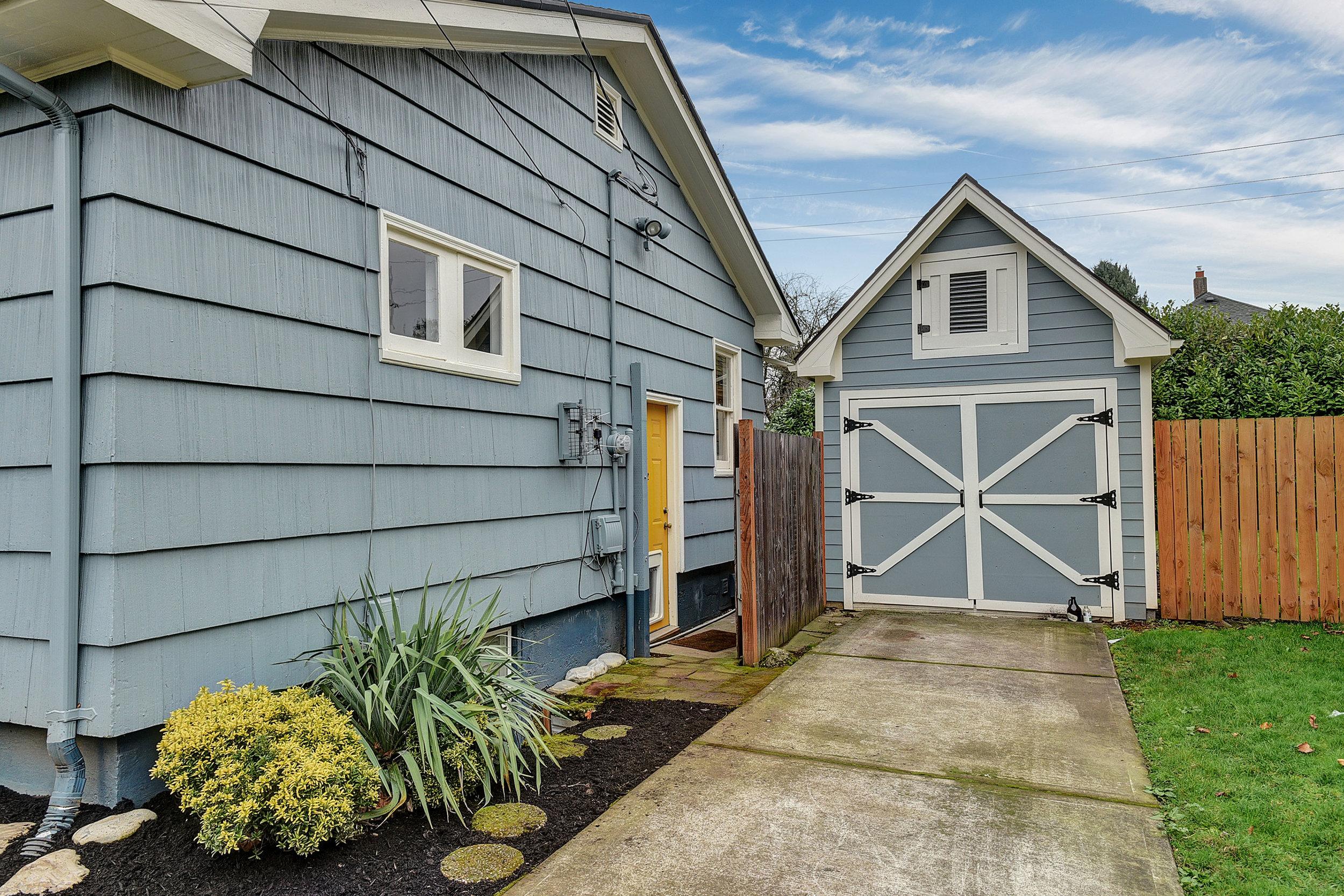 4916 NE Rodney Ave - Portland- 05.jpg