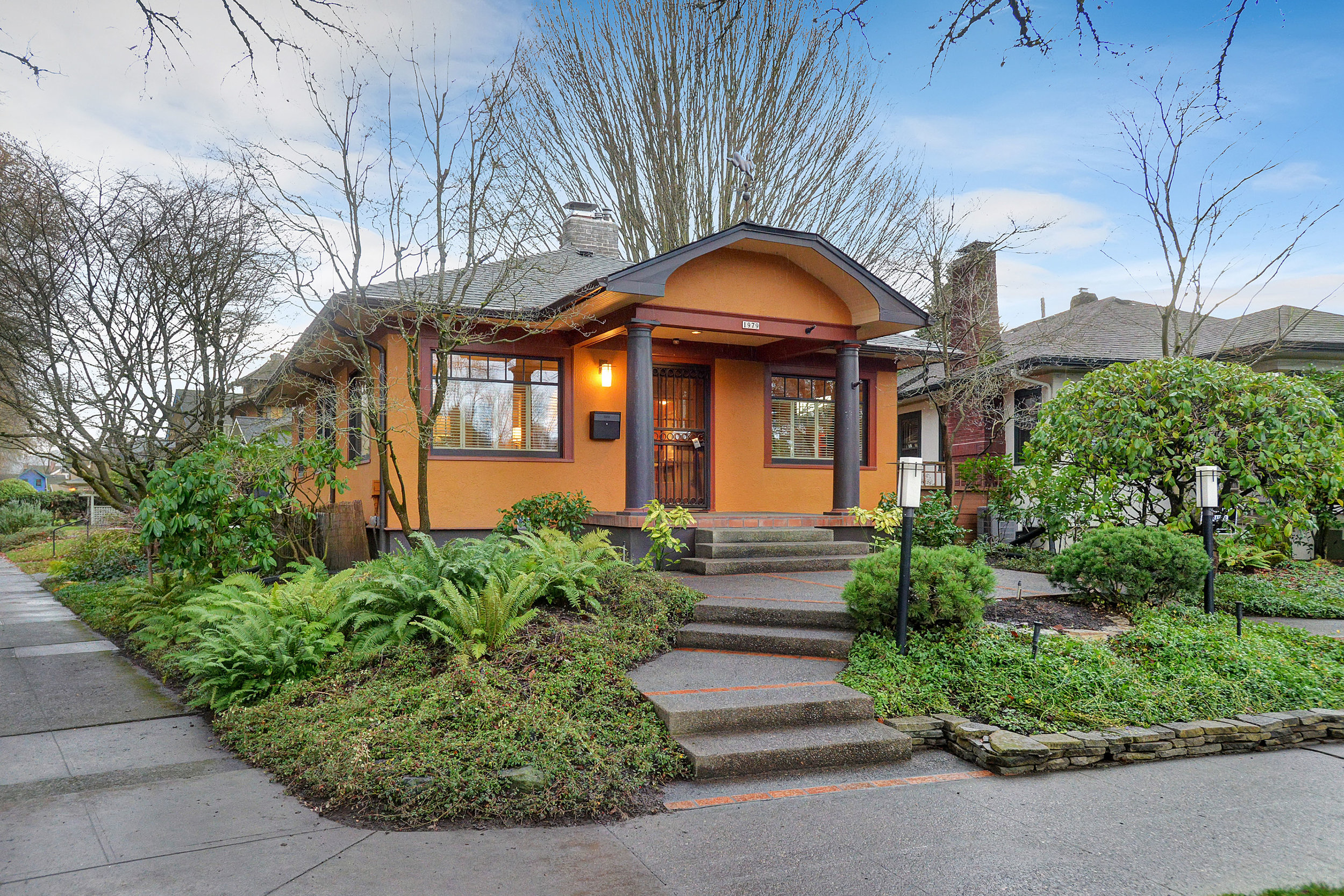 1979 SE Ladd Ave.<Strong>SOLD</Strong>