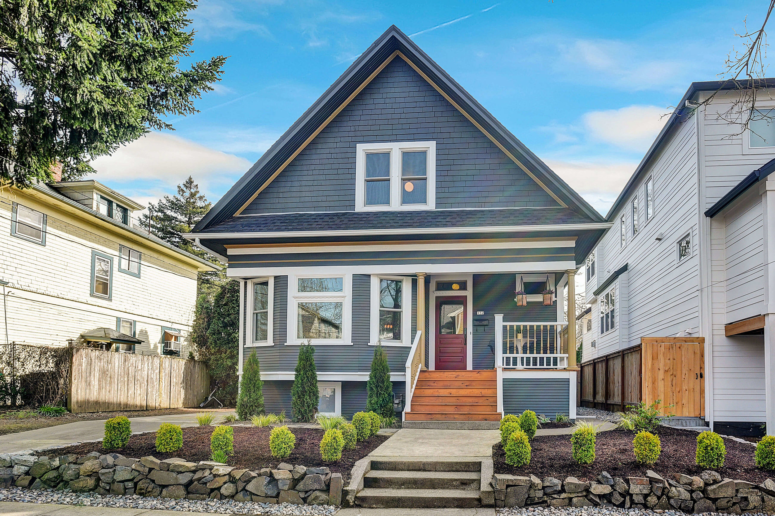 132 NE Cook St. <strong>SOLD</strong>