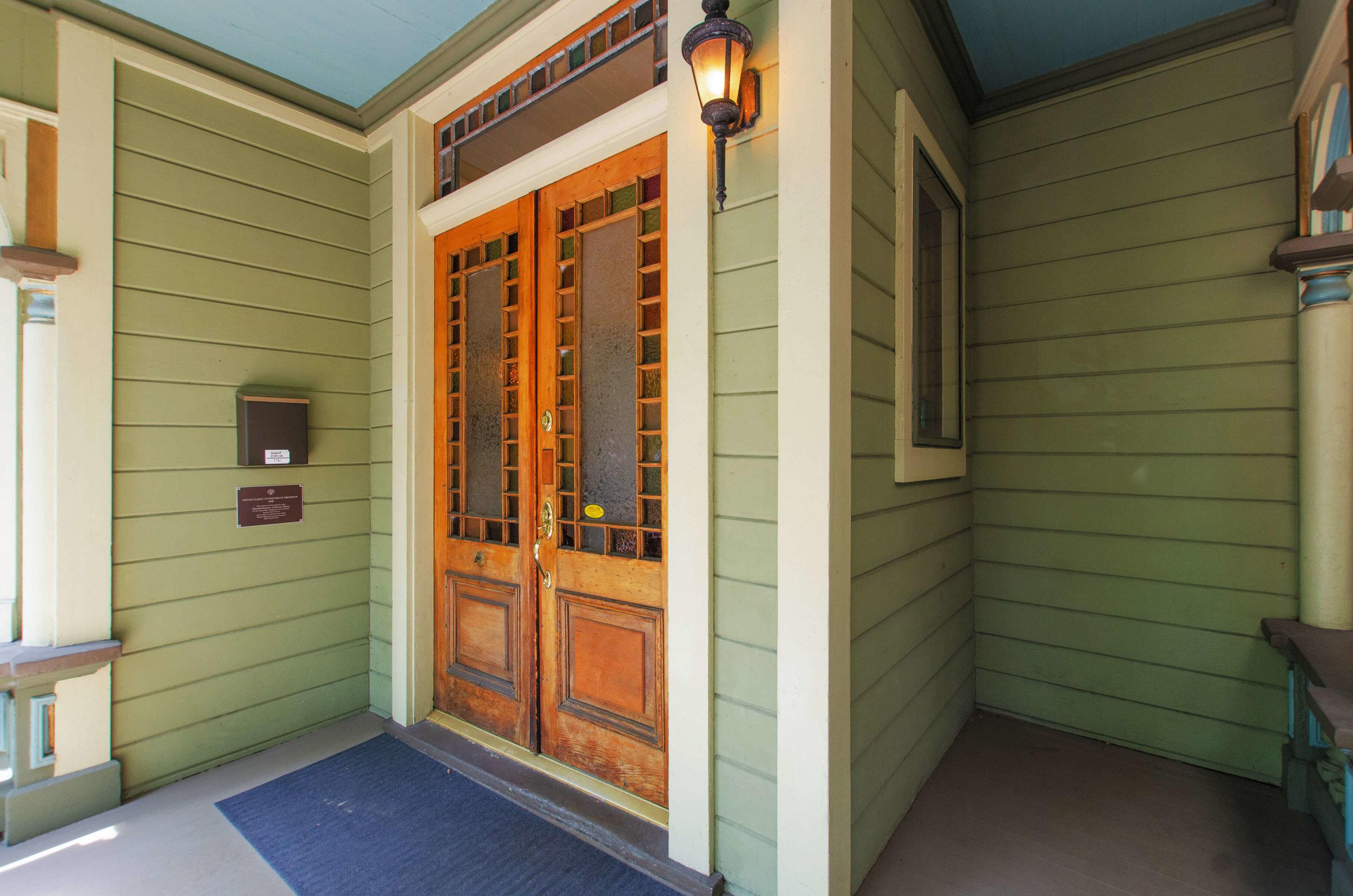 004_Front Entrance.jpg