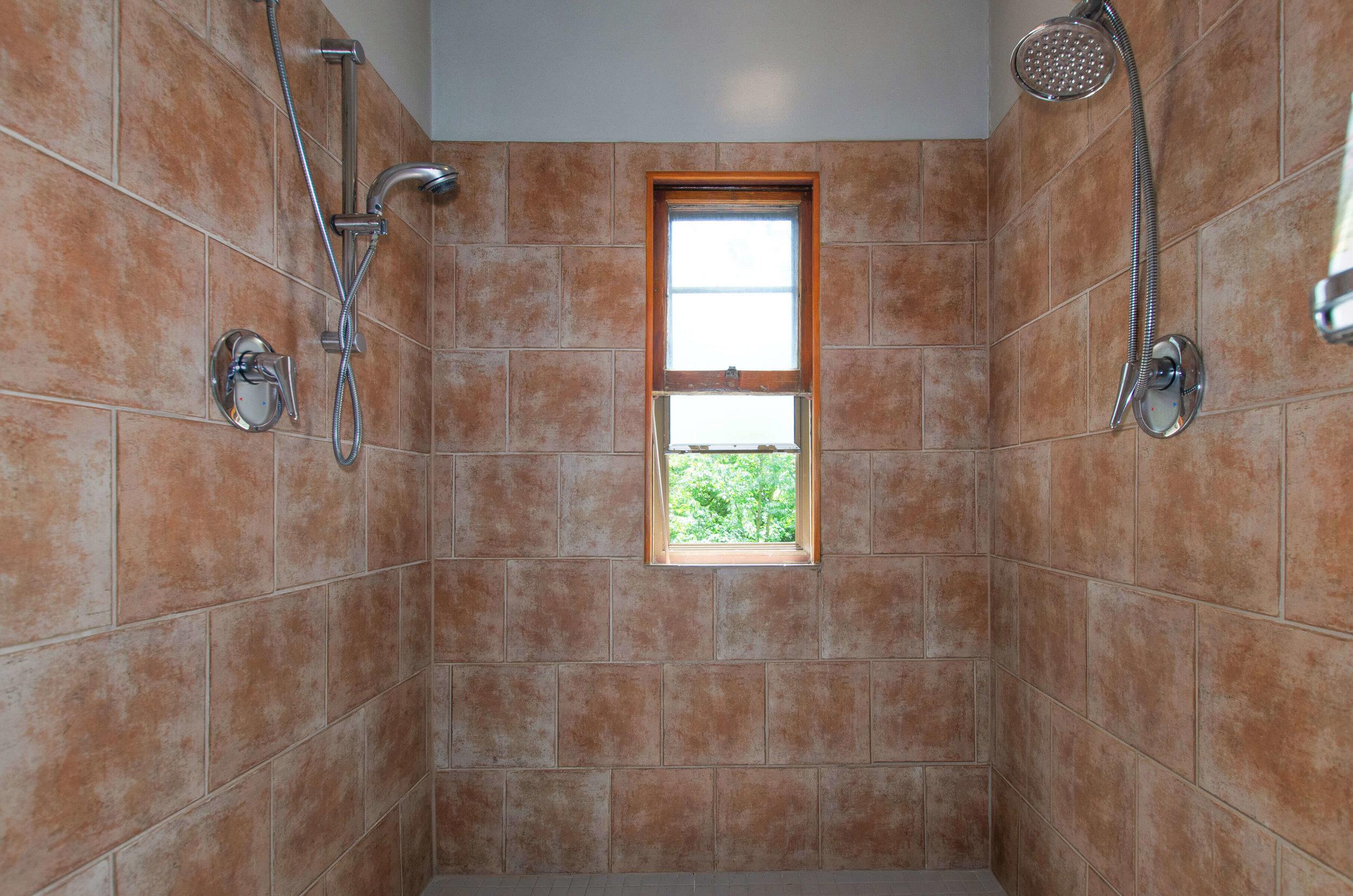 030_Tiled Double-Head Shower.jpg