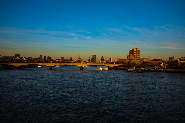 0020 London Bridge View_01.jpg