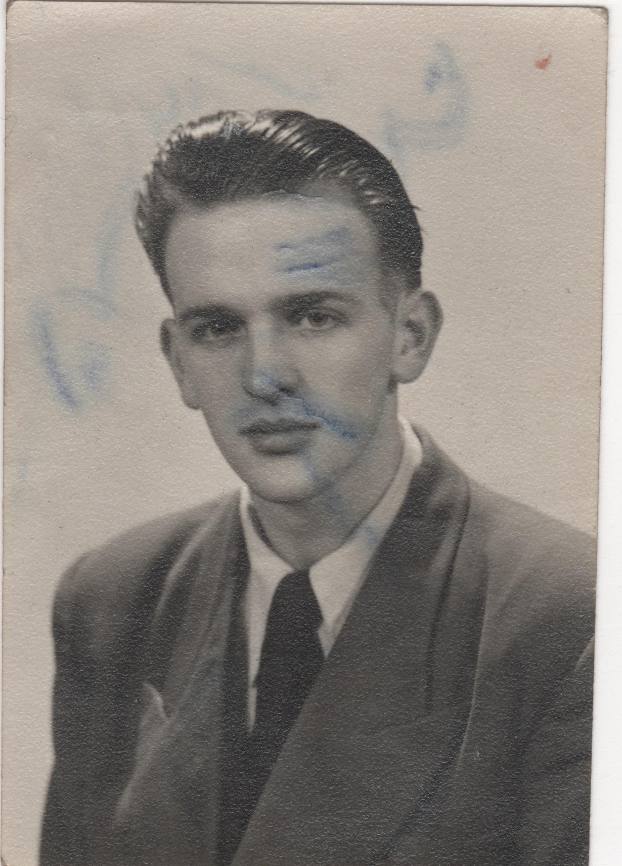 Young Duncan 22yrs old (Greenock).jpeg
