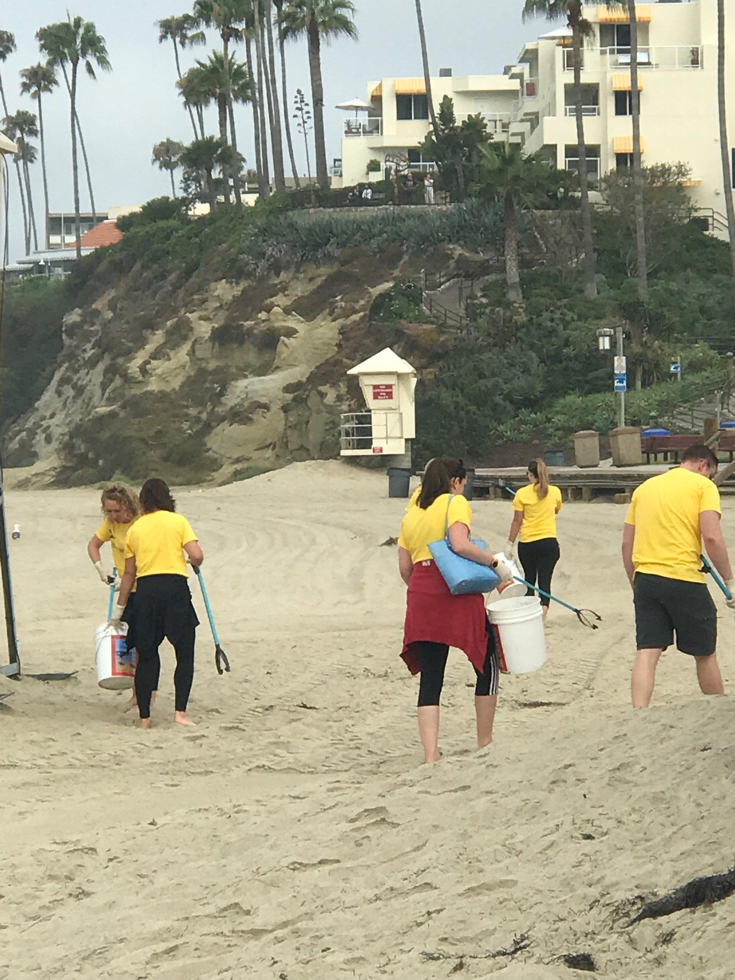 Beach Clean Up 8.27 6.jpg