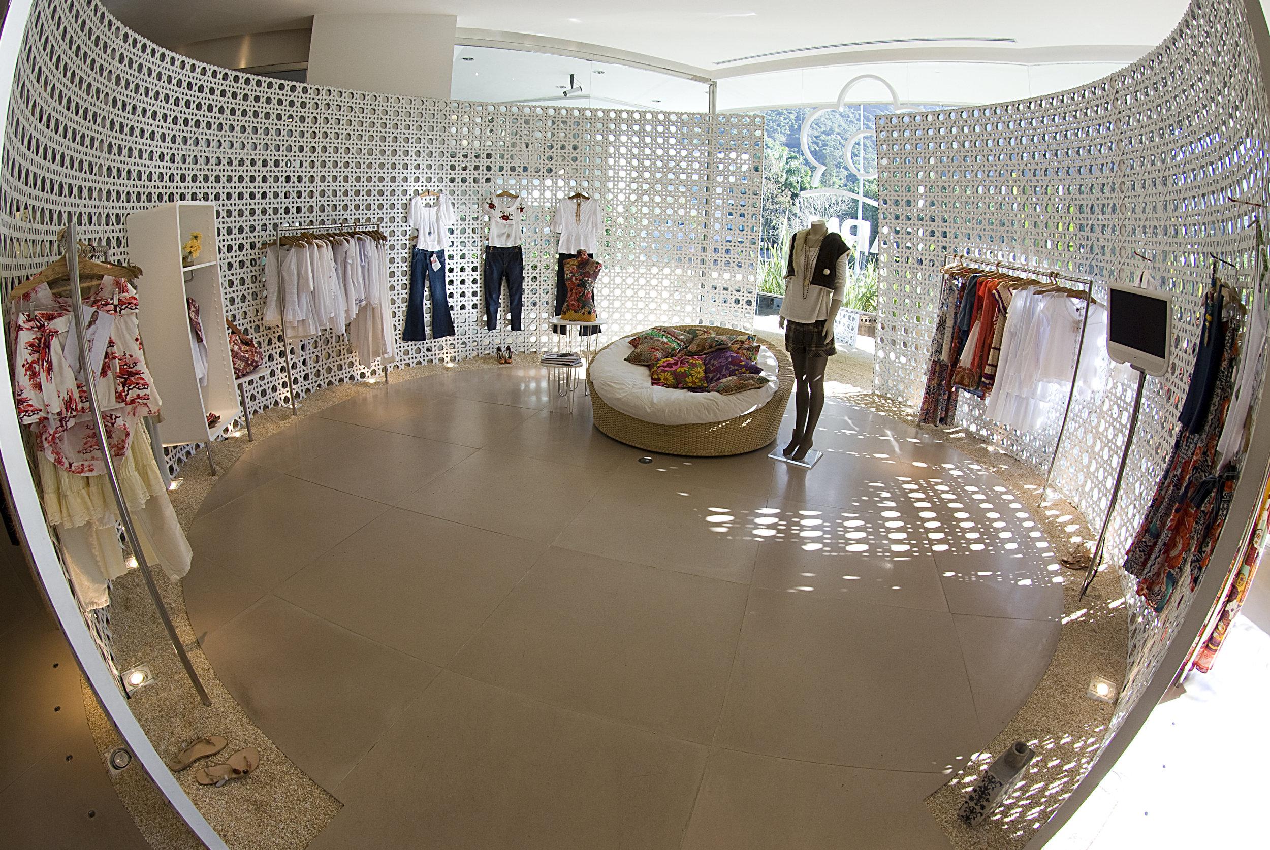 2_farm_fashion_mall.jpg