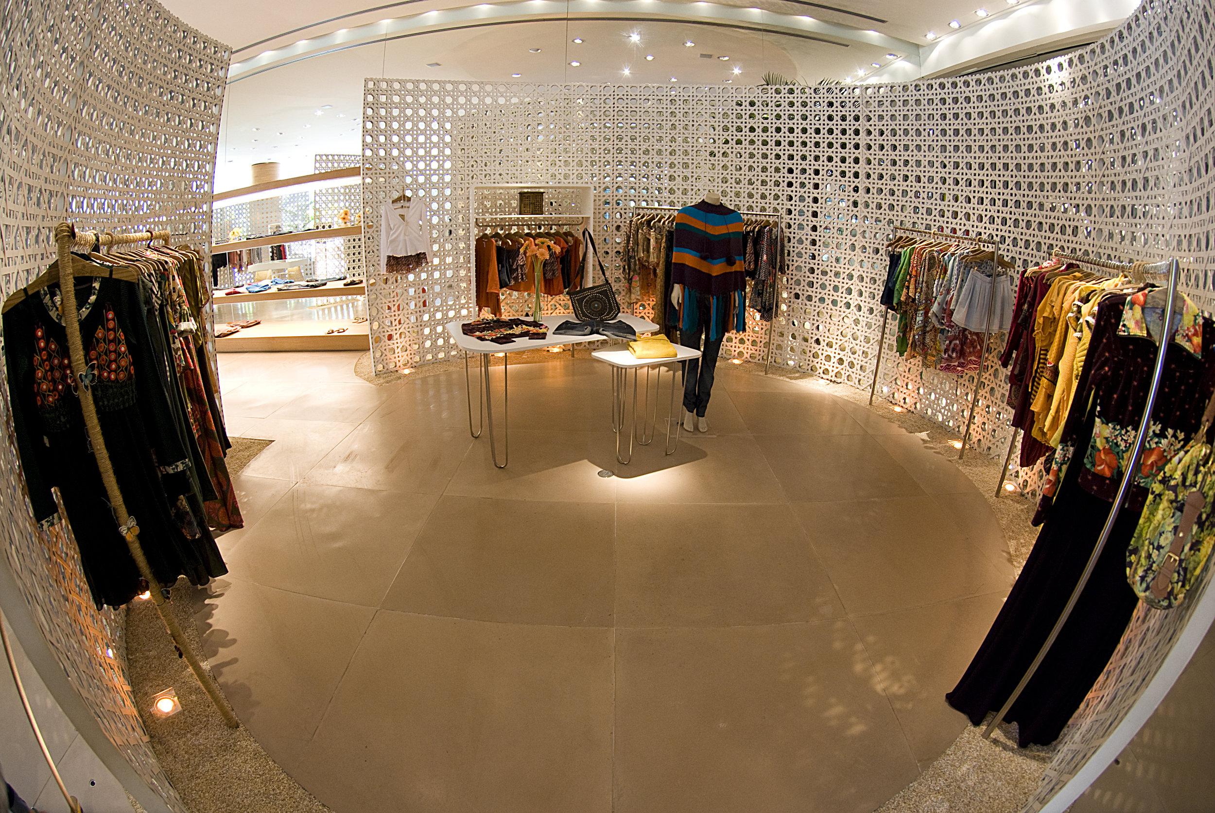 3_farm_fashion_mall_ME_EX.jpg
