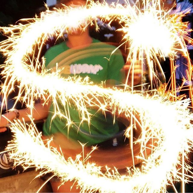 S is for Summer, Sparklers, and Subway! 🤩🥪✨ Hard to believe its already been a week since the 4th of July! Come stop by @subway and keep your summer sparkling ‼️ . . . #oaksatlakeway @oaksatlakeway #lakeway #laketravis #beecave #lakewaytexas #atx #food #keepaustineatin #austintexas #atxeats #austintx #lakewayeats #subway #sandwhich #yum #austinfood #eat #tasty #foodpics #hungry #lunch #delish #foodpic #atxfood #austin360eats #foods #eating #foodlover #fresh #nomnom