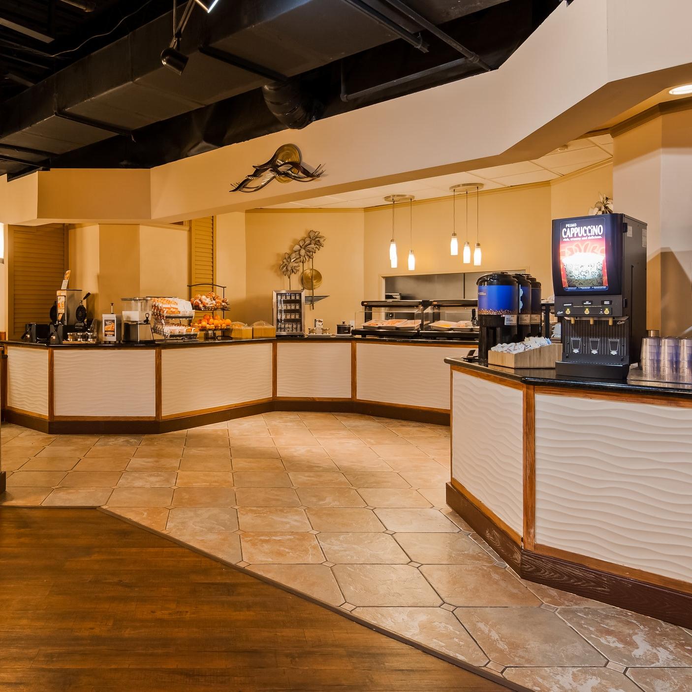 Best Western Orlando Gateway Hotel Breakfast Area