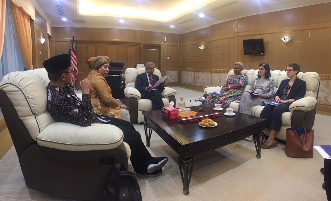 Parliamentarians Maman Imanulhaq (former MP, Indonesia), Lena Maryana (Indonesia), Halima Daud (former MP, Malawi), Saranda Bogujevci (MP, Kosovo), and Liv Kvanvig (Norwegian Helsinki Committee) meeting with local authorities to assess FoRB in Malaysia. Photo credit:  APHR