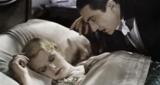 Bela Lugosi and Helen Chandler in Dracula (1931, Universal)
