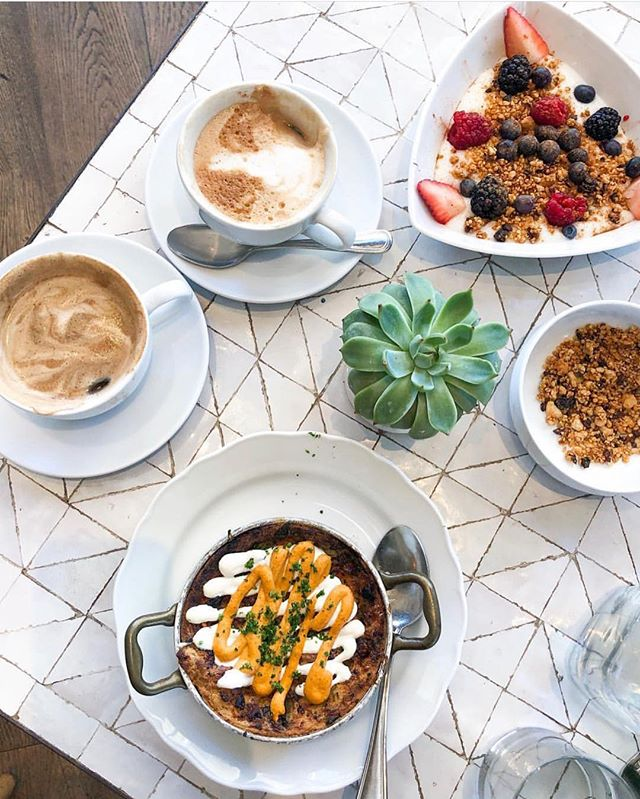 A perfect breakfast spread by @bun_undone ☕️ Breakfast served until 11 at both Beverly Hills and Newport Beach.