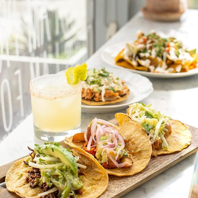 Hey Newport Beach, Taco Tuesday is back! 🌮 🌮 🌮  Three amazing new tacos, jackfruit tinga tostadas, and your favorite- the I Am Sharing Nachos, are back every Tuesday from 3-10pm!  Swipe to see the full menu, including margs. Only available at Newport Beach location.