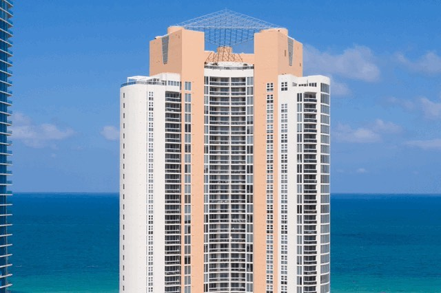 What about this ocean view located in Sunny Isles Beach? 🏝