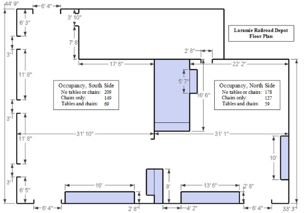 Floorplan of the rental area. Main entrance to the bottom left, restrooms to the left.