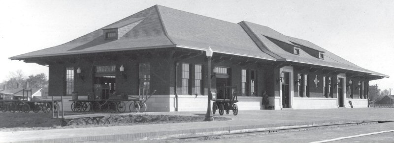 Laramie Union Pacific Depot, ca. 1924 - H. Svenson Collection, American Heritage Center