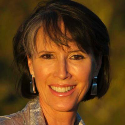 ANGELA KAPP - Advisor, Investor, and Global Retail Expert