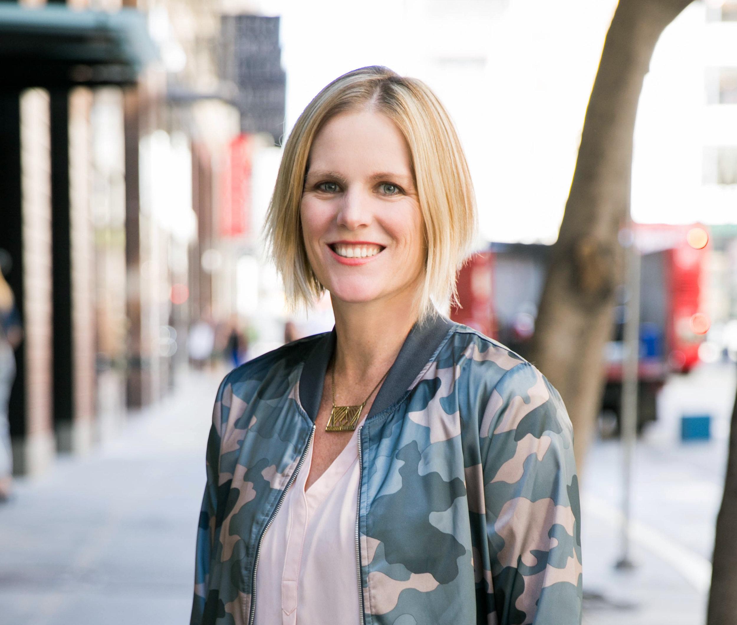 Lindsay Riddell - Speaker, Media and Content Strategist for Hotwire Global