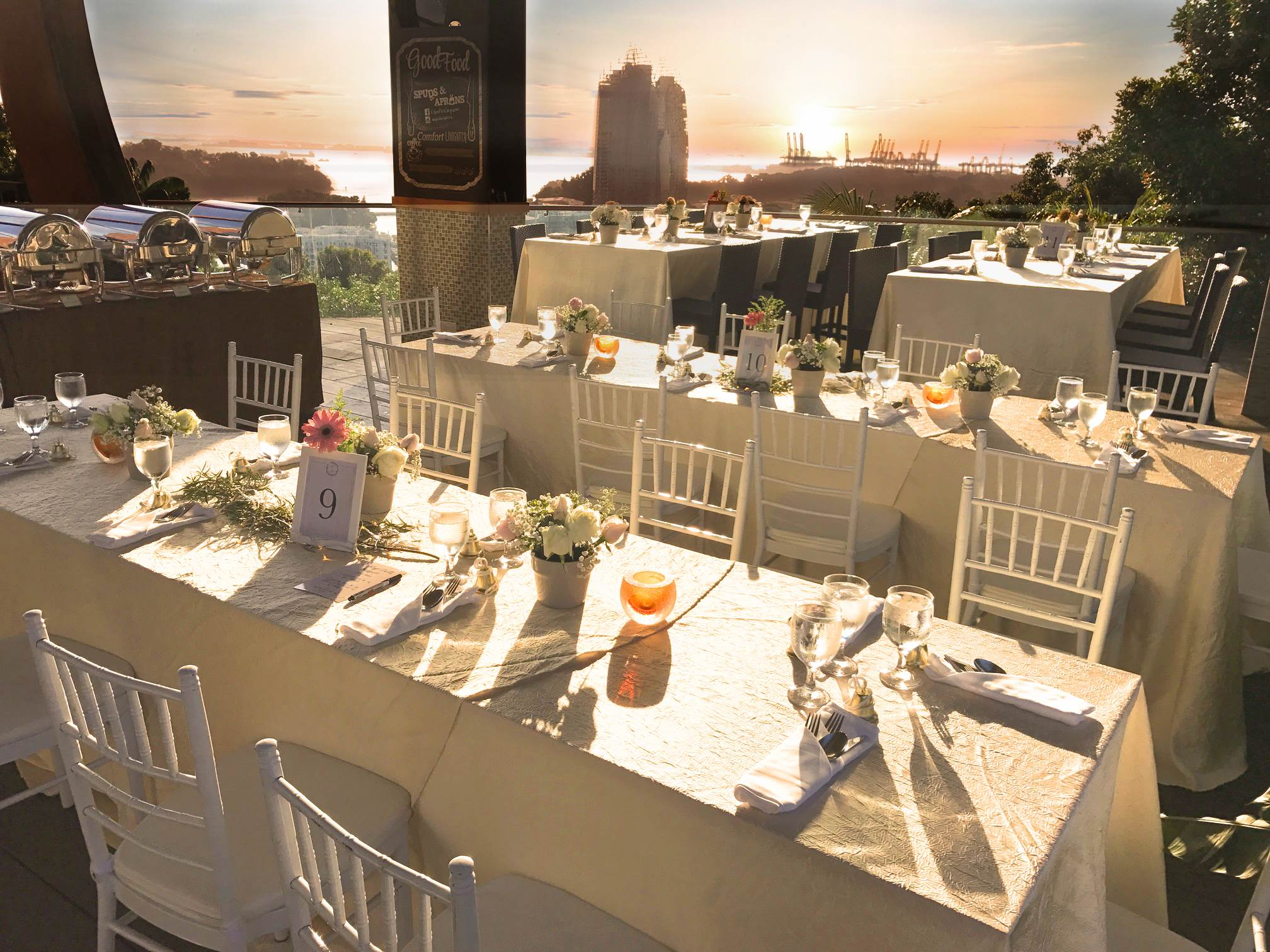 Arbora Hilltop Dining - For the outdoor lovers, revel in nature's best with an al fresco celebration, surrounded by breathtaking panoramic views, comforting sea breeze and lush greenery.