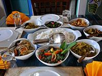 dining-04-thumb.jpg