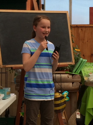 Telling kids about fun stuff to do in the garden