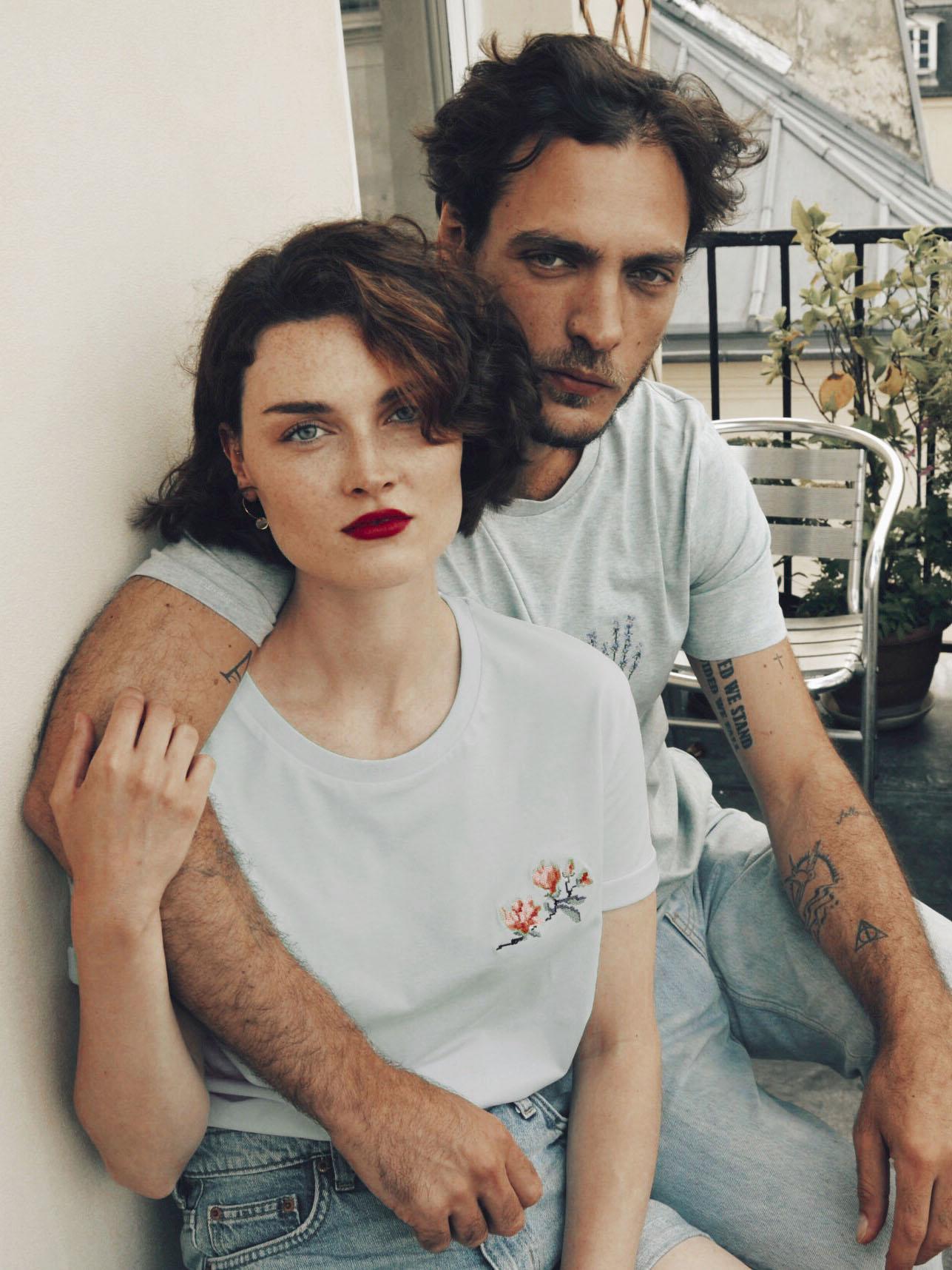 """T-shirt """"Magnolias"""" bleu pastel / t-shirt """"Lavande"""" bleu pastel"""
