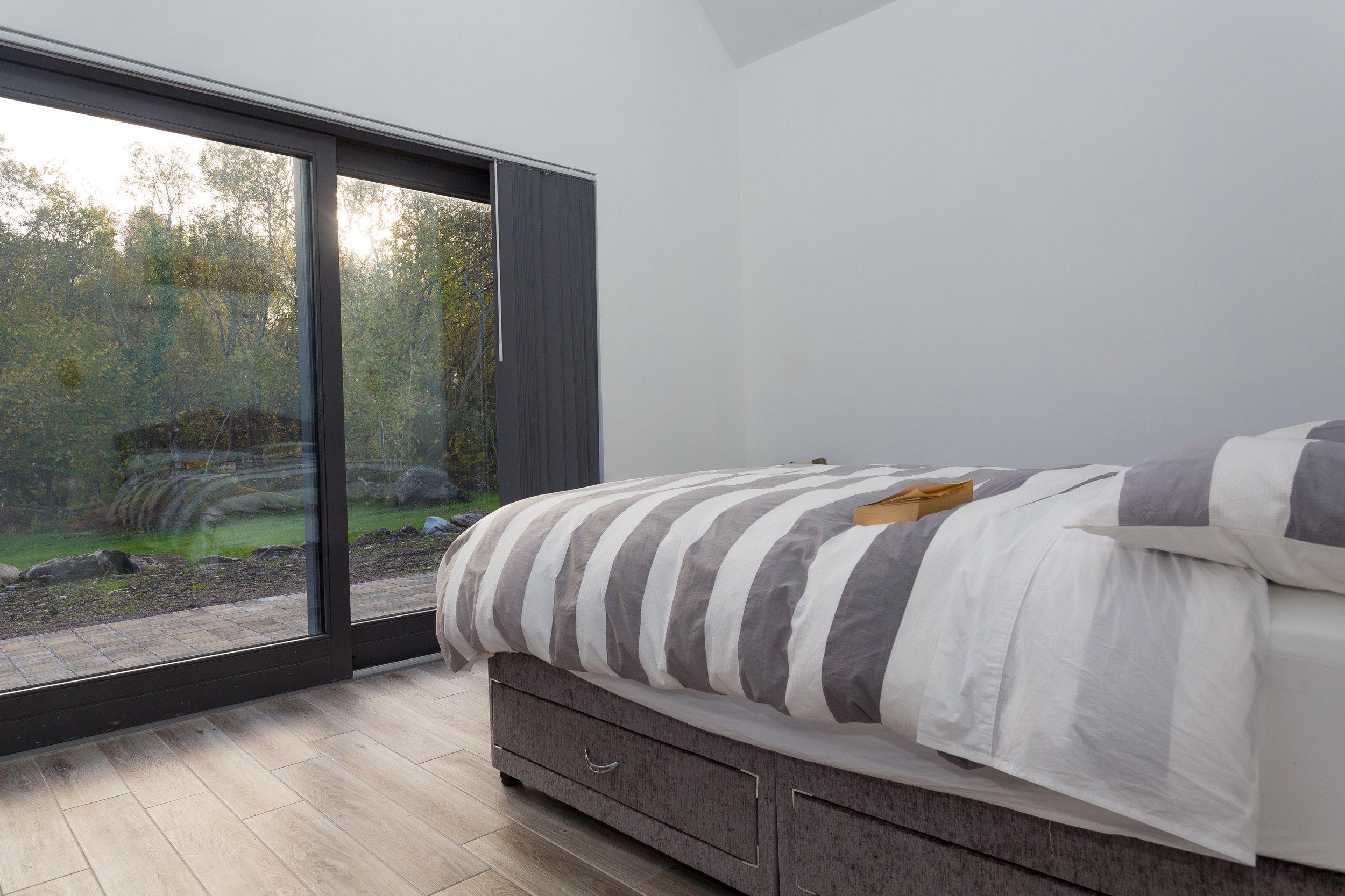 bedroomb3.jpg