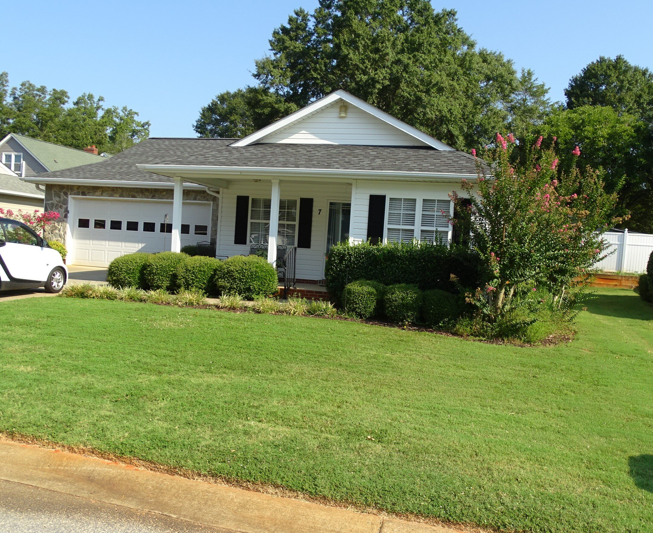 REAl Estate Auction - 7 Anniston WayGreenville SC, 29617Thursday September 26thPersonal Property:by Terry Hester begins at 4 PMReal Estate:by Larry J. Meares begins at 6 PMFor More Information Contact:Larry J. Meares, BIC, SCAL 109 at (864)444-1321Terry Hester, at 864-423-1824