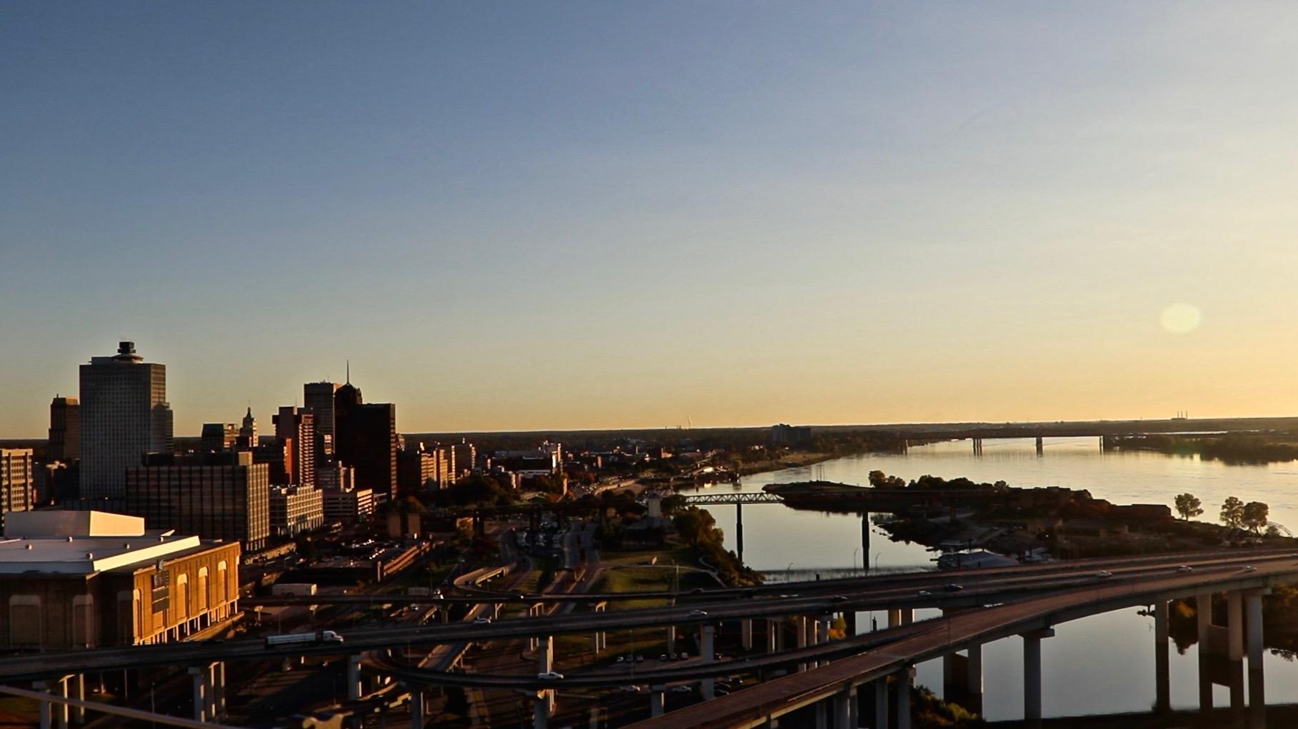 Memphis_TN_Panorama.jpeg