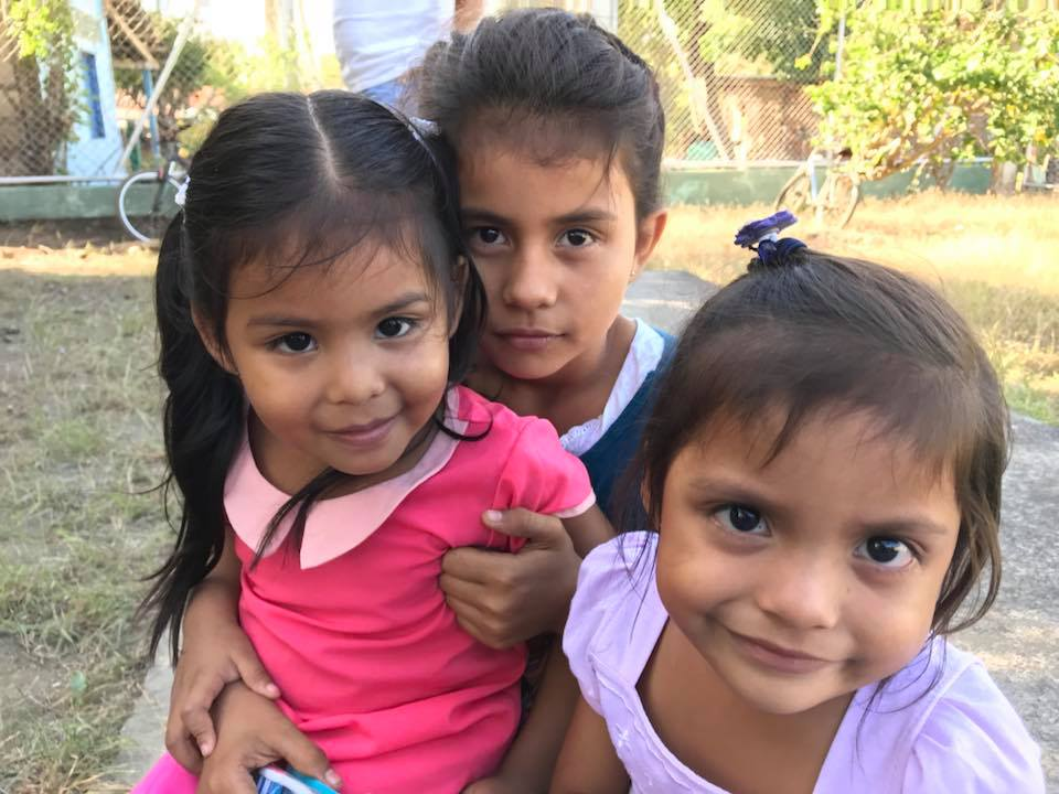 Kids from the Panama Medical Mission