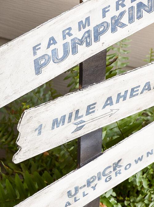 Dollar-tree-diy-pumpkin-farm-sign.jpg