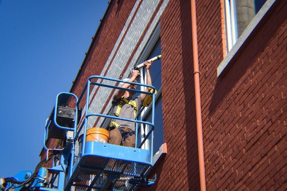 A Slade Team member installing
