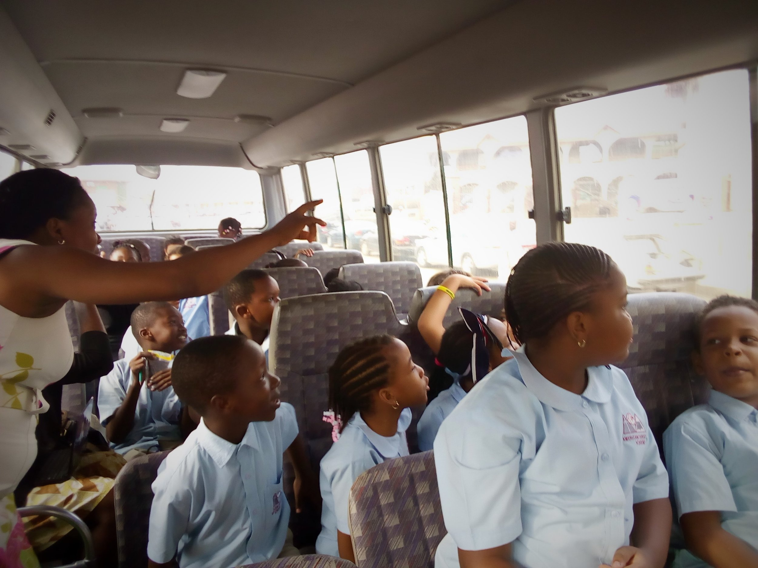 Learning on the Bus! 2nd graders took a ride around town to learn more about the 3 branches of government!