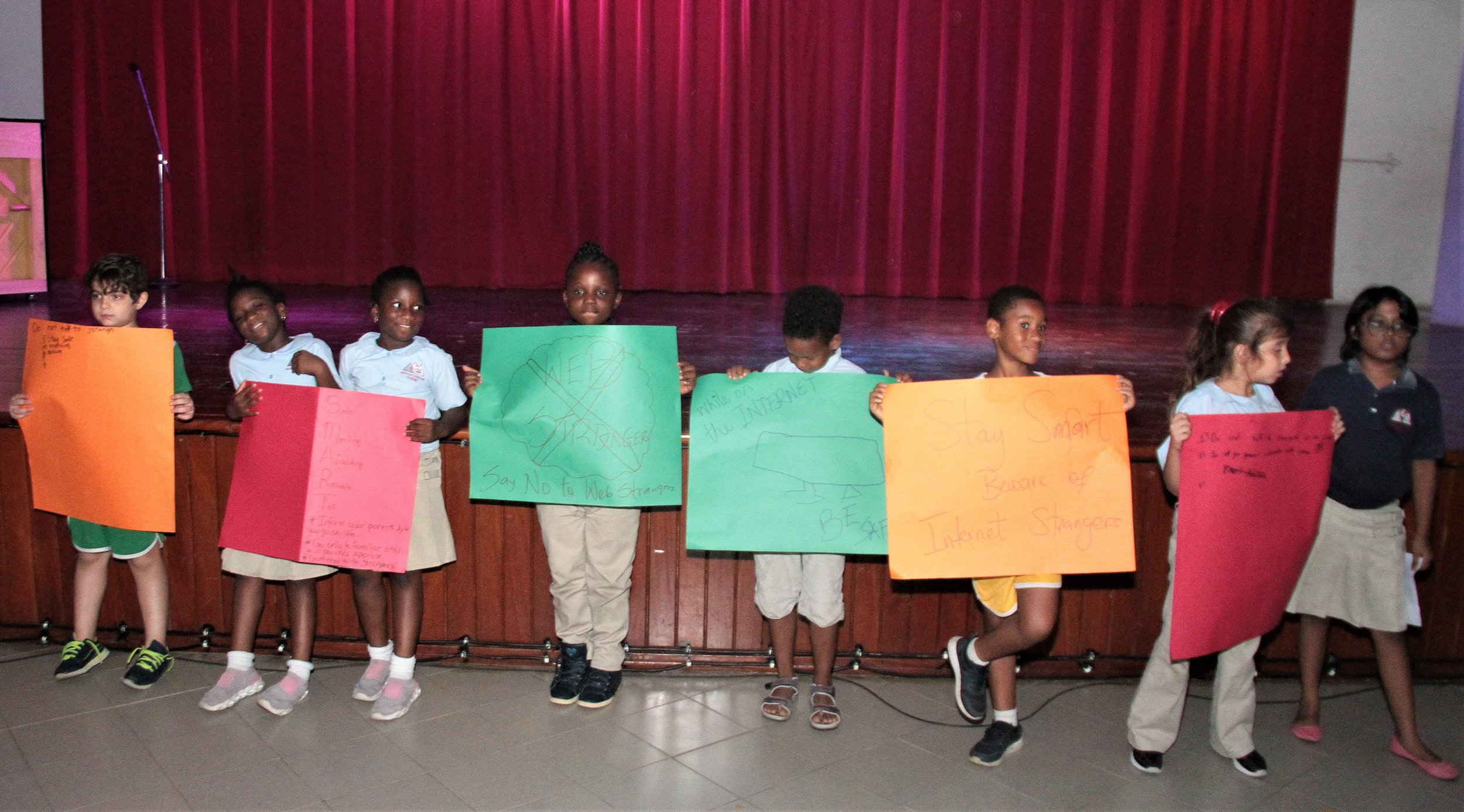 Mrs. Omisore enlightened students about Online Safety during Junior School Assembly this week. Parents also brainstormed and came up with an Online Safety Poster!