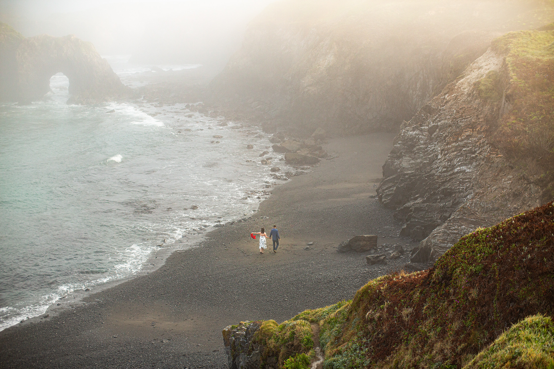 09-fog-beach-pacific-ocean-bride-groom-mendocino-headlands-california-wedding.jpg