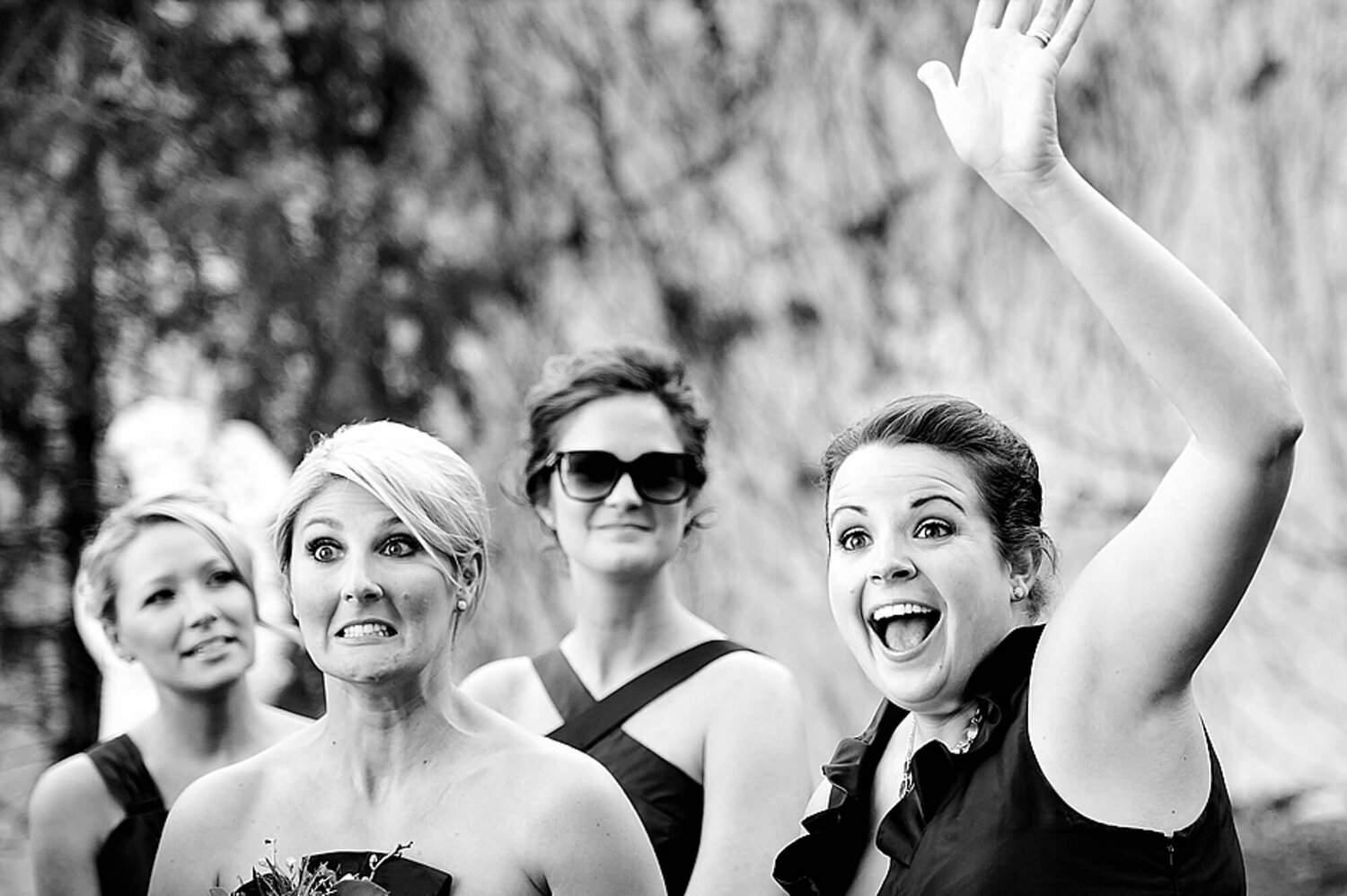 05-bridesmaids-black-white-st-louis-wedding.jpg