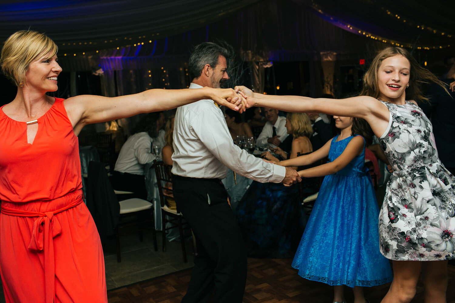 16-guests-dancing-california-wedding.jpg