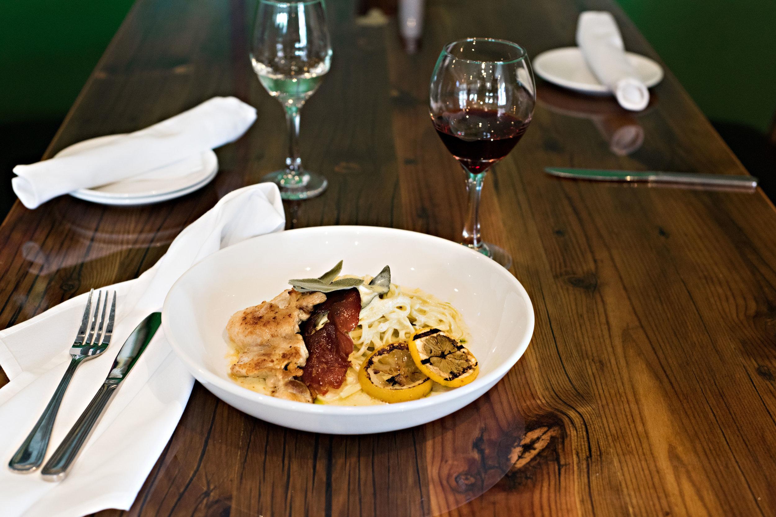 zeolis-restaurant-clawson-mi-karunaphoto-photo(59).jpg