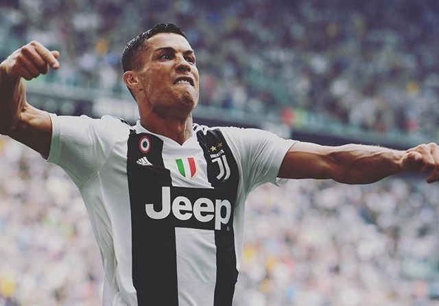GOAT 🐐? Hard to argue against him. Arguably the best ever, but without a doubt the biggest WINNER of all of the times. 🏆 . . . #directkix #soccerlife #ronaldo #goat #bestever #ronaldo #lasoccer #soccerleague #winner