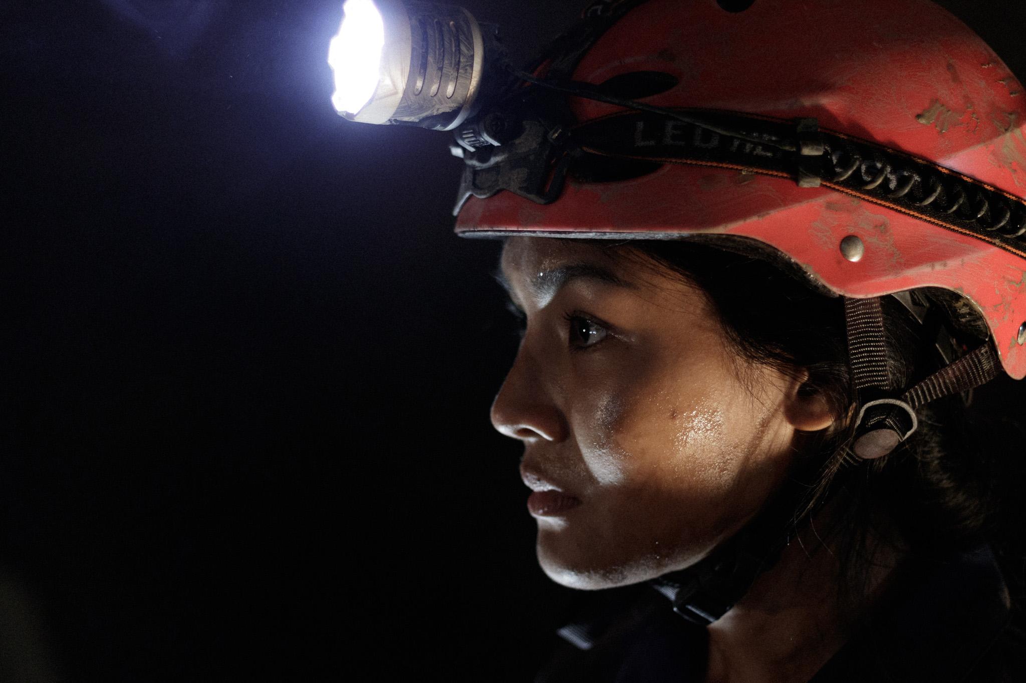 The_Cave-นางนอน-Rescuer_2048px.jpg