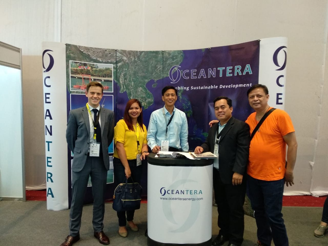 Oceantera meeting relevant stakeholders during the Philippine International Microgrid Exhibition and Conference 2018 in Cebu, Philippines.