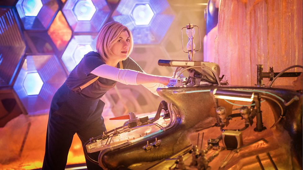 The 13th Doctor piloting her TARDIS, in the episode 'Kerblam!'. Photo Credit: BBC