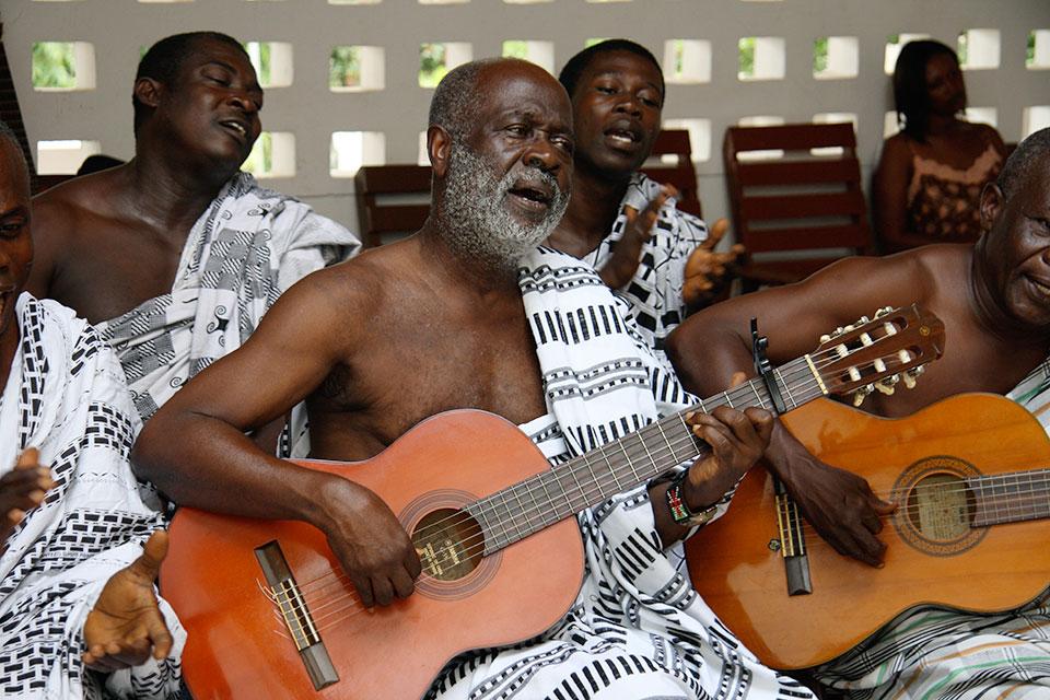 koo-nimo-palm-wine-musician.jpg