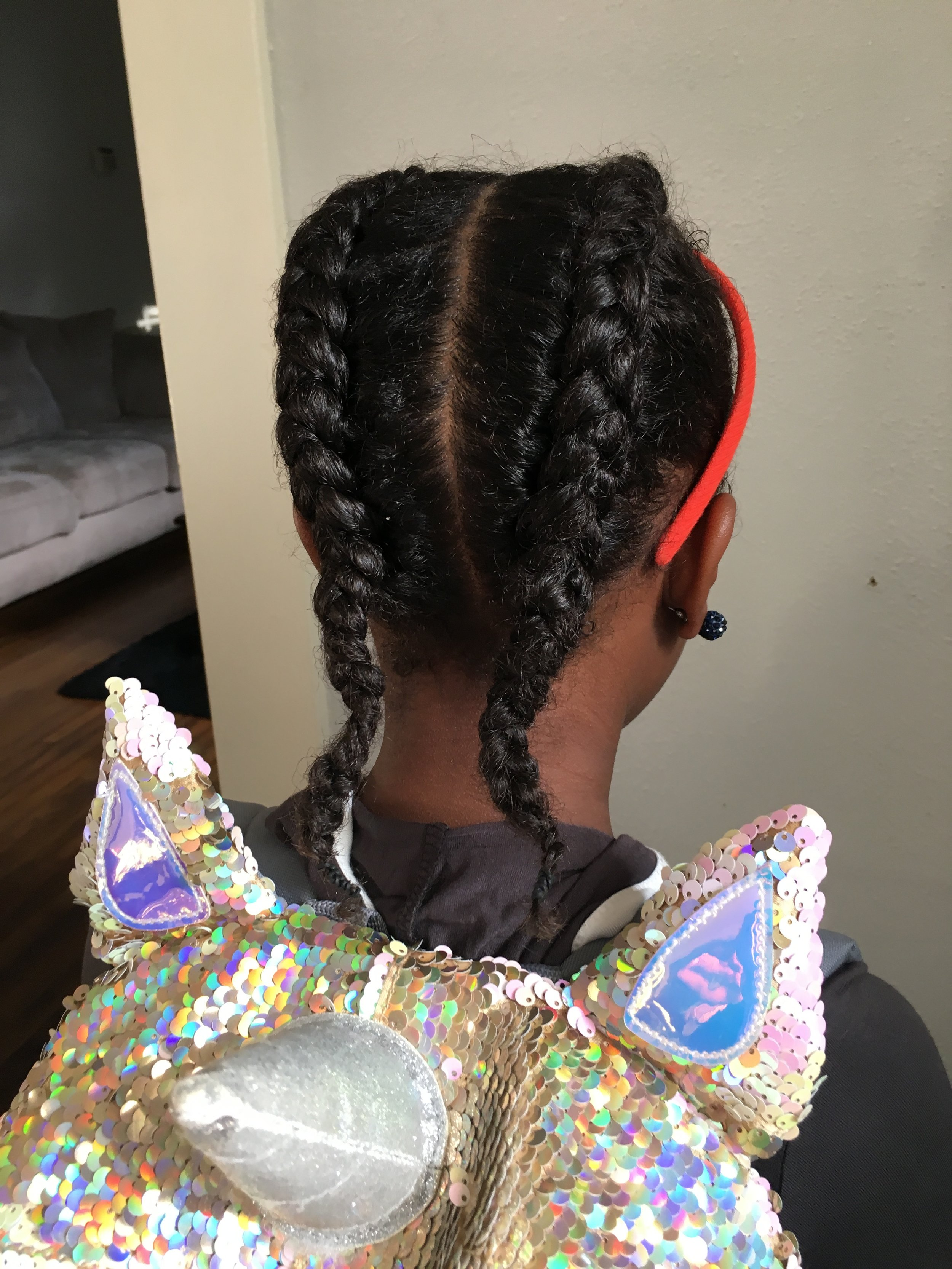 Andrea Fenise Memphis Wellness Blogger and Natural Hair Blogger shares healthy hair journey