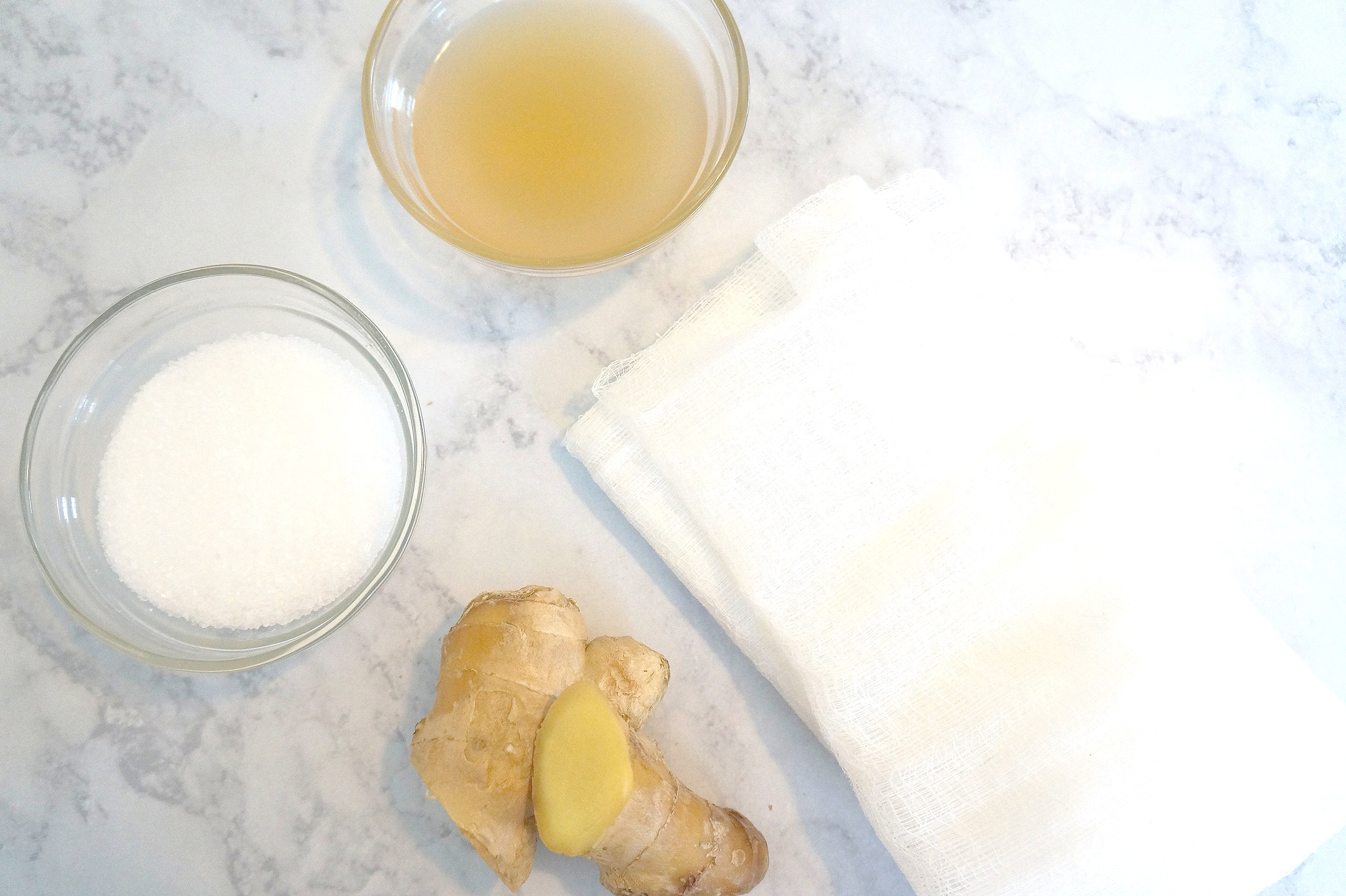 In Search of Our Gardens Memphis Wellness Blogger shares two detoxing bath recipes