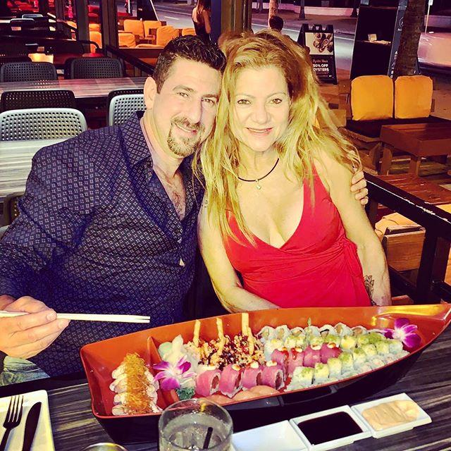 🌹Beautiful Couple Celebrating. ❤️❤️ #tsukuroflb #fortlauderdalebeach #sushilovers #japanesefood #thebestdrinks #oyesterlovers #happybirthday #love #happy #asianfoodlover